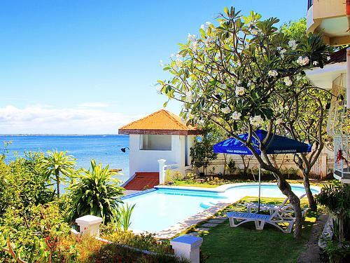 Bayside English Cebu-Premium Resort Campus